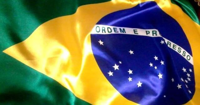 original_lindissima-bandeira-do-brasil-147-x-090-cm-imperdivel-505-MLB4698382047_072013-F